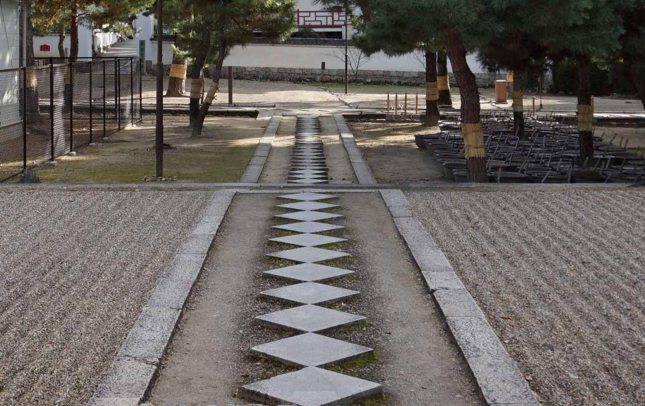 萬福寺 参道(石條)