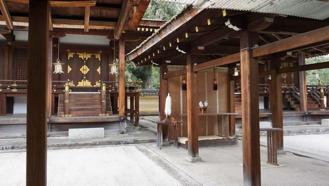 平野神社 本殿