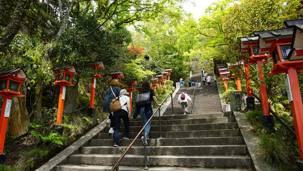 鞍馬寺 金堂への階段