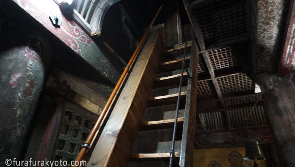 法観寺 [八坂の塔] 階段