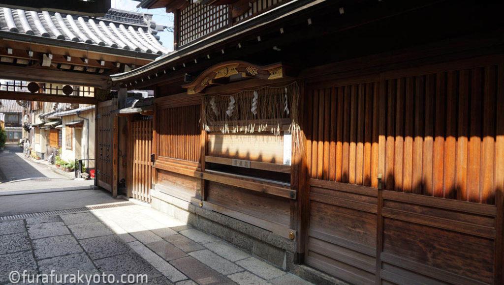 京都ゑびす神社 本殿横