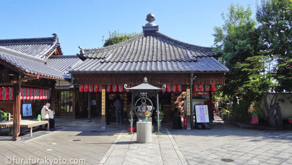 石像寺 本堂